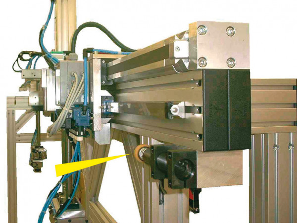 MC33-64 - Portal for machine loading and increase productivity