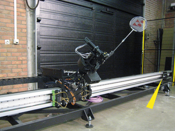 MC33-64 - Jada the badminton robot